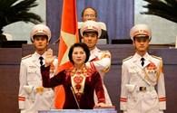 Tân Chủ tịch Quốc hội trình Quốc hội tờ trình miễn nhiệm Chủ tịch nước