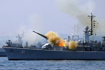 6 tàu chiến NATO tập trận ở Biển Đen thách thức Nga