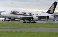 Máy bay Singapore hỏng cả hai động cơ giữa không trung
