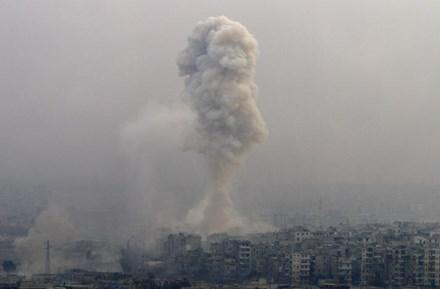 Reuters: Quân đội Syria giành toàn bộ thành phố Aleppo từ tay phe đối lập - ảnh 1