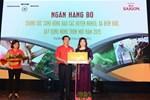 Bia Sài Gòn trao tặng bò cho các hộ nghèo tại Thái Bình