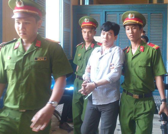 Vụ án giết người vì va chạm giao thông ở chợ Gò Vấp -TPHCM  Bất ngờ có dấu hiệu… oan sai !