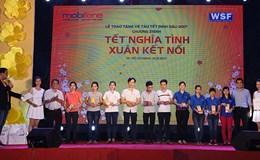 MobiFone trao tặng 1.200 vé tàu Tết cho công nhân