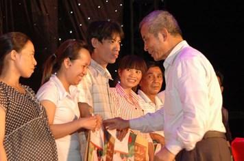 """Tết sum vầy 2016 tại Đồng Nai: """"Mẹ về quê là món quà lớn nhất của gia đình"""""""