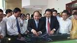 Thủ tướng Nguyễn Xuân Phúc: Tạo điều kiện tốt nhất để Long An phát triển...
