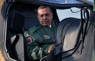 """""""Thổ Nhĩ Kỳ bắn rơi Su-24 vì Nga đánh trúng việc buôn bán dầu của con trai Tổng thống"""""""