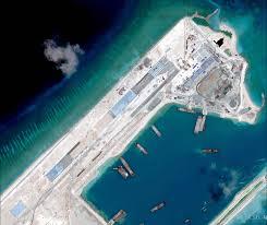 Đường băng Trung Quốc xây trái phép trên Đá Chữ Thập