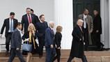 Vợ con Trump không vào Nhà Trắng ở ngay để con trai không phải chuyến trường