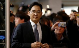Công tố Hàn Quốc đề nghị bắt chủ tịch tập đoàn Samsung
