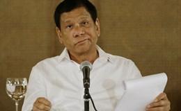 Ông Duterte chỉ trích Mỹ không quyết liệt cản Trung Quốc xây đảo nhân tạo