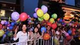 Nụ cười hạnh phúc trong  Festival đường phố