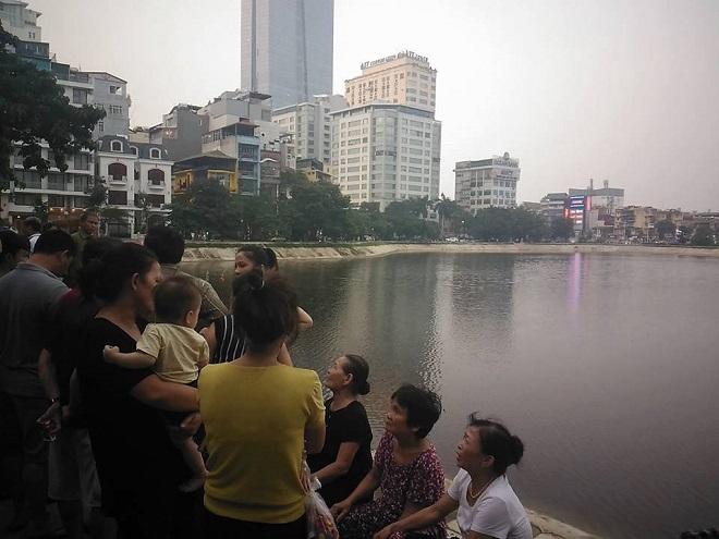 Hà Nội: Bơi ra giữa hồ Ngọc Khánh để tắm, một thanh niên tử vong
