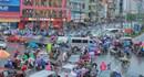 """Chùm ảnh: Người Hà Nội """"chôn chân"""" vì kẹt xe trong mưa rét"""