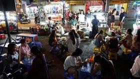 TPHCM: Người bán hàng rong ổn định cuộc sống sau khi được sắp xếp chỗ buôn bán