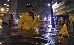 Kẹt xe, ngập nước và trách nhiệm công dân