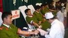 Hoan hô: 9 chiến sĩ công an hiến máu cứu sống 1 sản phụ