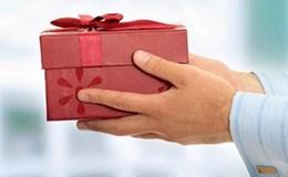 Bí thư xứ Huế tuyên bố không nhận quà tết