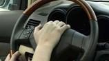 Lái xe lên viện phó có là chuyện bất thường?