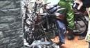 Xe máy bị thiêu trơ khung trong căn nhà phát hỏa giữa trung tâm quận 5