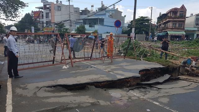 Gấp rút làm cầu tạm Tân Kỳ - Tân Quý sau sự cố sụt lún