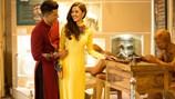 Ngọc Loan The Face e ấp bên Nam vương Đại sứ Hoàn cầu trong tà áo dài
