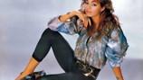 Nữ hoàng nhạc Pop Sandra gửi clip chào Việt Nam trước đêm diễn