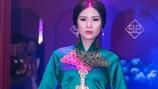 Hoa hậu Ngọc Hân gây bất ngờ với vẻ đẹp sắc lạnh, huyền bí trong tà áo dài