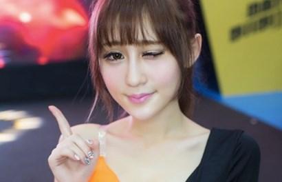 """Hội chợ game lớn nhất Trung Quốc: Showgirl """"quá lố"""", DN bị phạt nặng"""