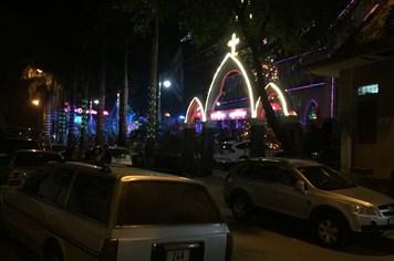 Noel sớm ở thành phố vùng biên