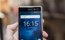 Nokia 6 với bài kiểm tra cào xước, đốt, bẻ: Nhìn mà xót