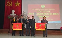 LĐLĐ Huyện Tiên Lãng (Hải Phòng): Hàng trăm suất quà và vé xe trao tận tay CNLĐ