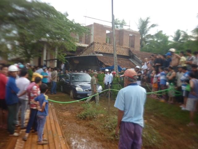 Bí thư huyện ủy Hoài Nhơn đột tử trong ôtô