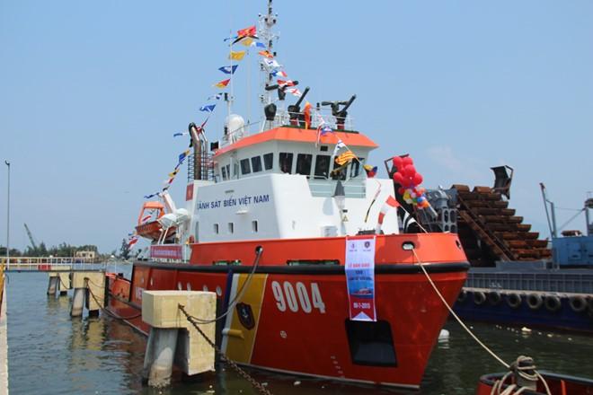 Bàn giao 2 tàu đa năng hiện đại bậc nhất cho Cảnh sát biển