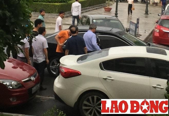 Cựu Chủ tịch Tập đoàn Dầu khí Việt Nam Nguyễn Xuân Sơn bị khởi tố và khám xét nơi ở  - ảnh 2
