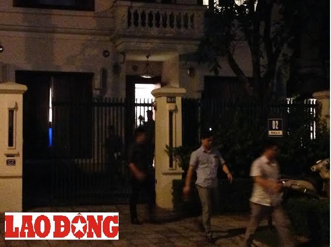 Cựu Chủ tịch Tập đoàn Dầu khí Việt Nam Nguyễn Xuân Sơn bị khởi tố và khám xét nơi ở  - ảnh 5