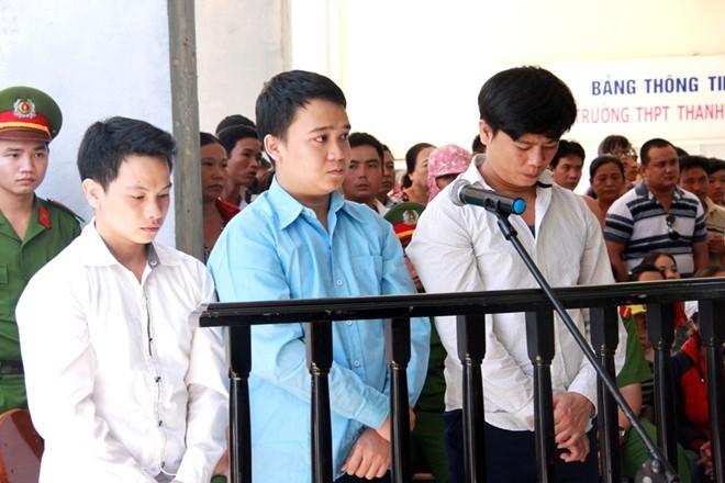 Đà Nẵng: 32 năm tù cho 3 kẻ giết người vì... ly nước mía