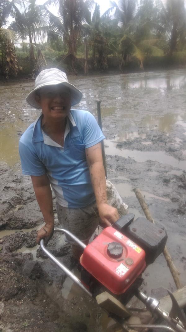 Vùng quê rộn ràng mùa tát đìa bắt cá - Ảnh minh hoạ 3