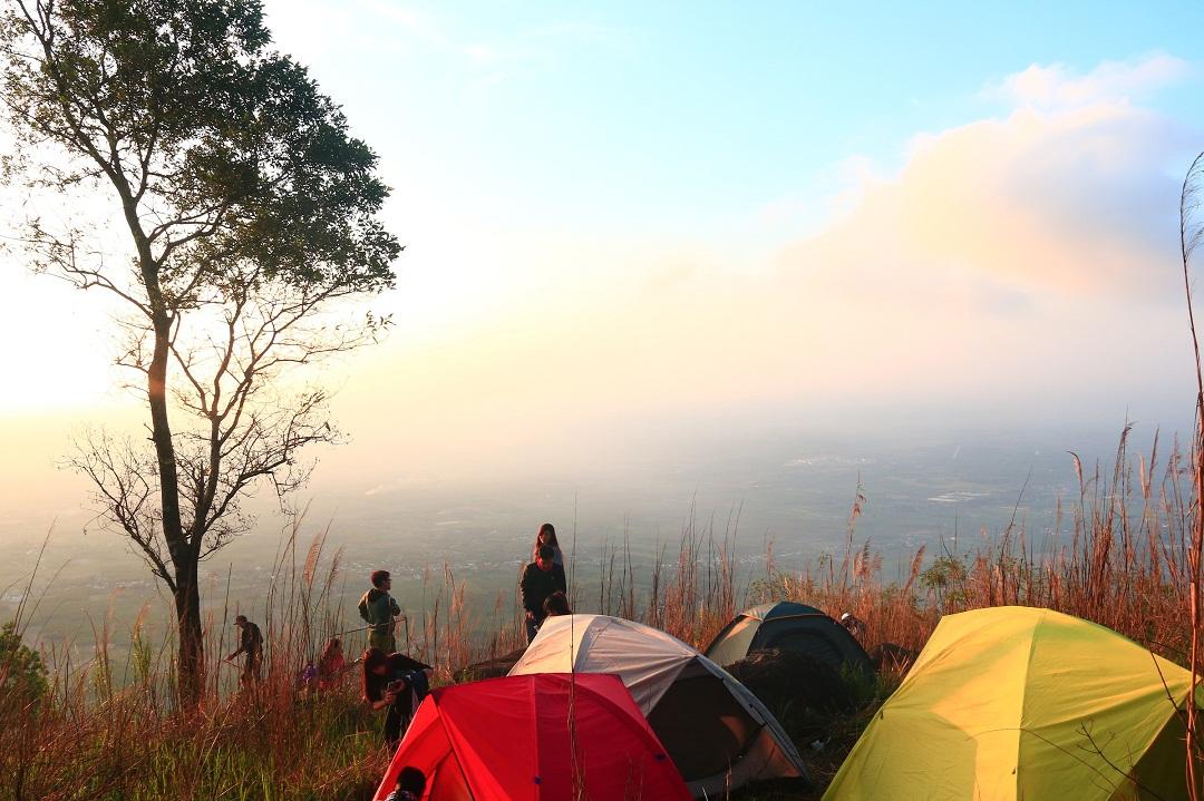 Mãn nhãn cảnh sắc bình minh trên núi Bà Đen - Ảnh minh hoạ 10