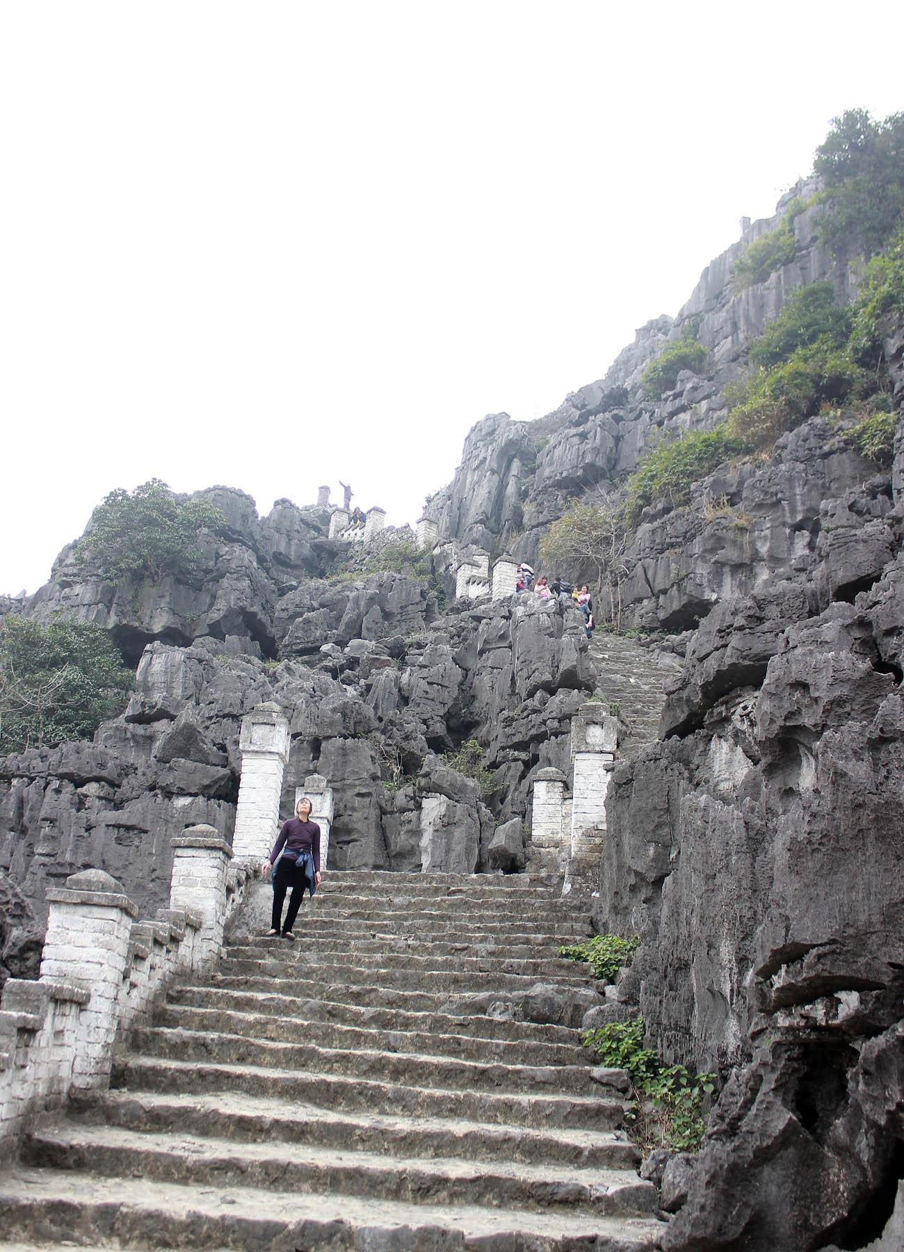 Ghé thăm hang Múa kì thú của Ninh Bình - Ảnh minh hoạ 7