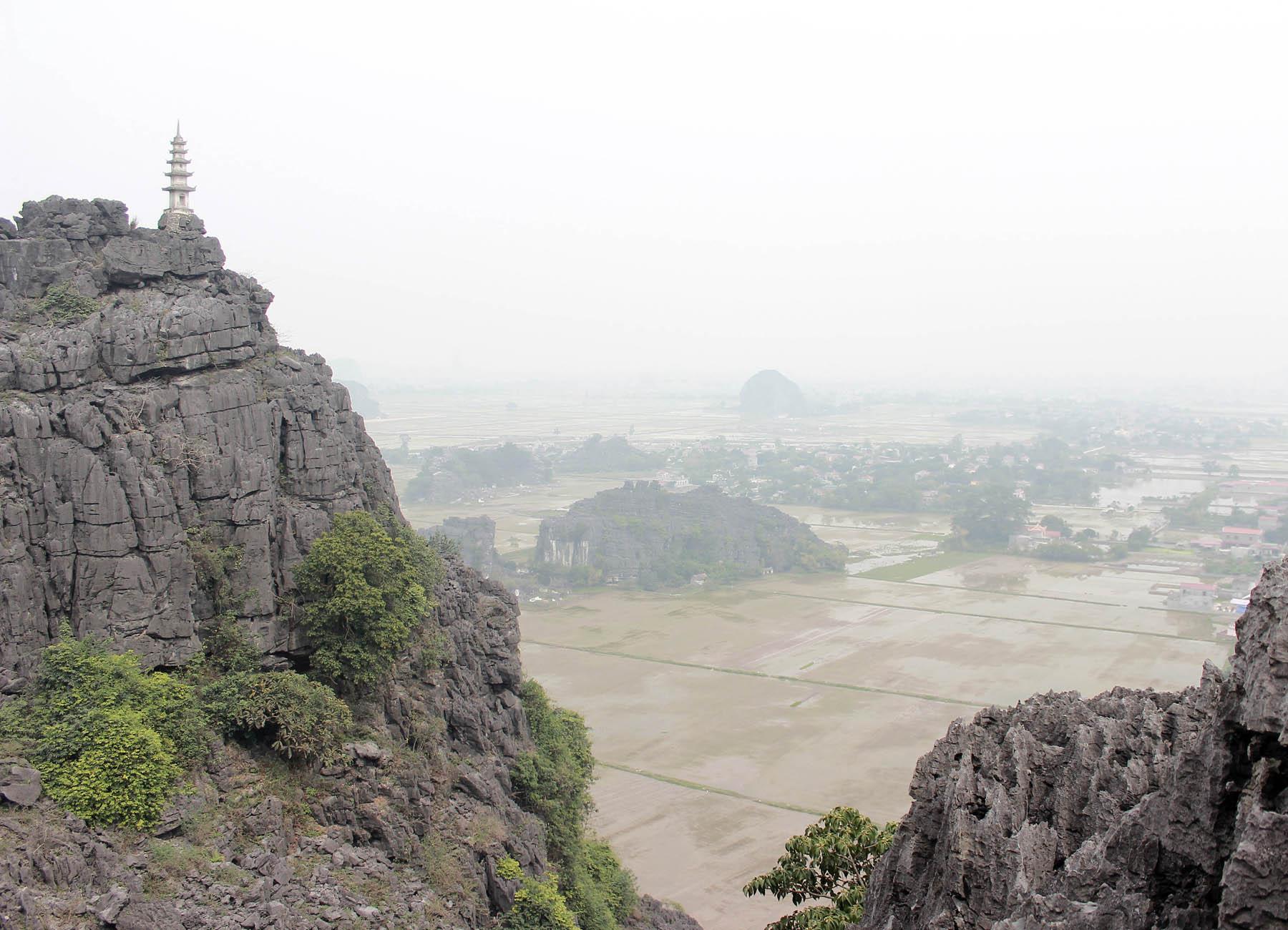 Ghé thăm hang Múa kì thú của Ninh Bình - Ảnh minh hoạ 9