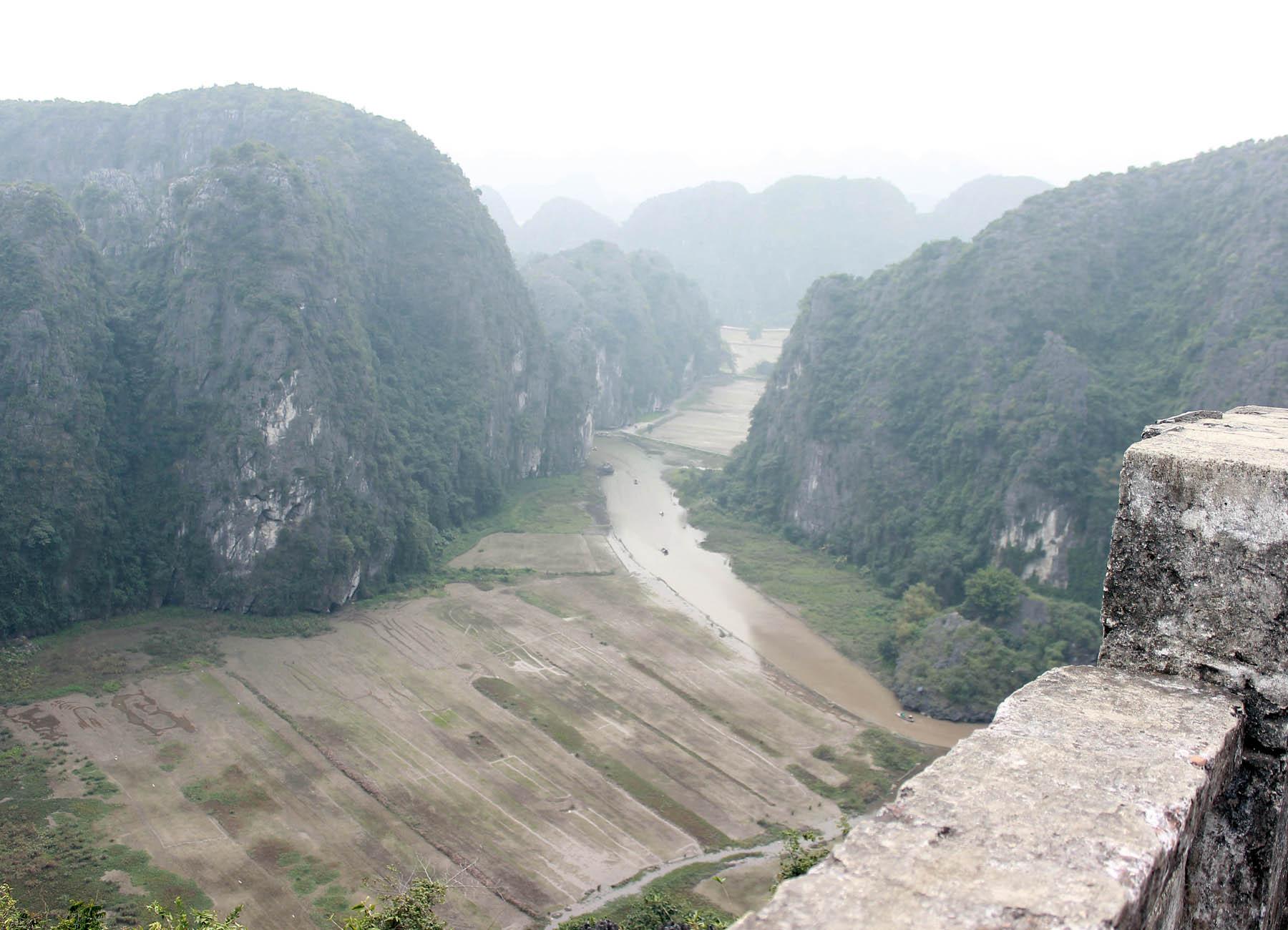 Ghé thăm hang Múa kì thú của Ninh Bình - Ảnh minh hoạ 12