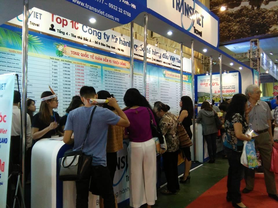 """Hàng nghìn người """"săn"""" vé máy bay, tour giá rẻ tại Hội chợ Du lịch Quốc tế - Ảnh minh hoạ 4"""