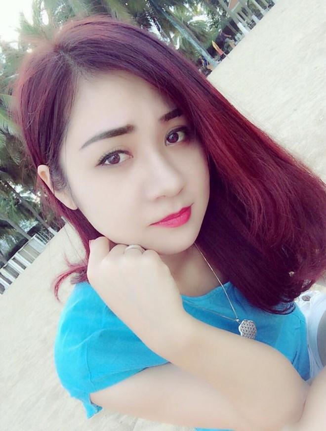 Chiêm ngưỡng nhan sắc xinh hơn hotgirl của vợ hai diễn viên hài Tự Long - Ảnh 2