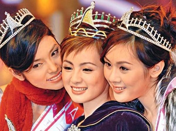 Hoa hậu châu Á bị lừa đi khách