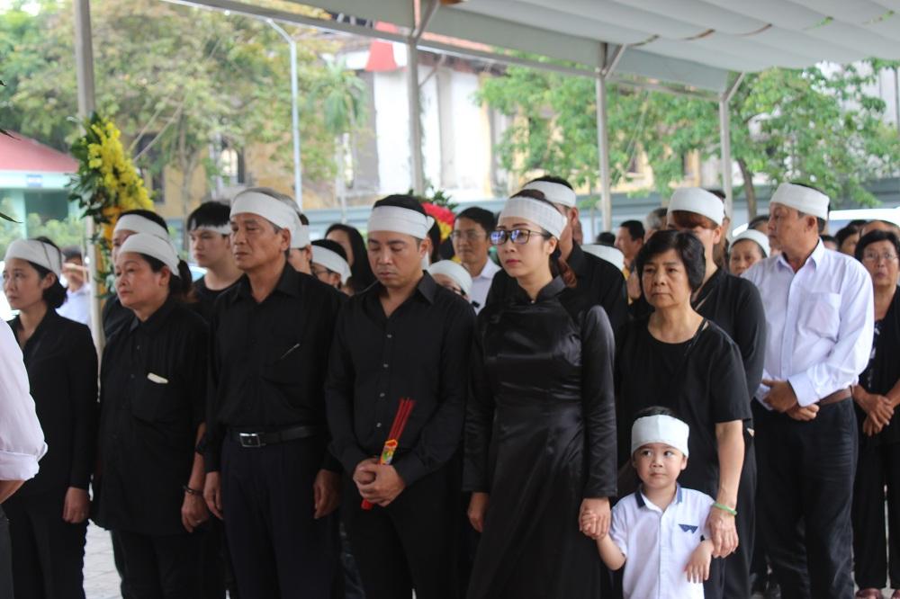 Gia đình, đồng nghiệp nghẹn ngào tiễn đưa nghệ sĩ ưu tú Duy Thanh - Ảnh minh hoạ 2