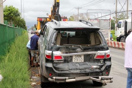 Chiếc xe 7 chỗ hư hỏng nặng