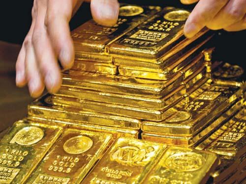 Giá vàng trong nước đang ngược dòng với thị trường thế giới.