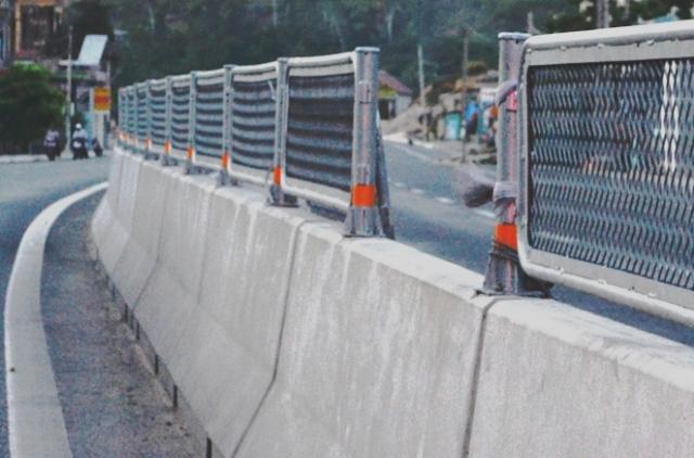 Quảng Bình: Xử lý việc phá hoại an toàn giao thông trên QL1 - ảnh 1