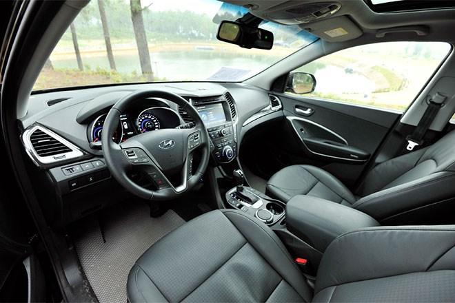 Cabin thiết kế bắt mắt và nhiều tiện nghi hơn của Hyundai Santa Fe