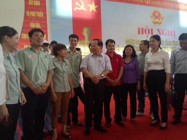 Vĩnh Phúc: Đoàn đại biểu Quốc hội tiếp xúc cử tri là công nhân lao động